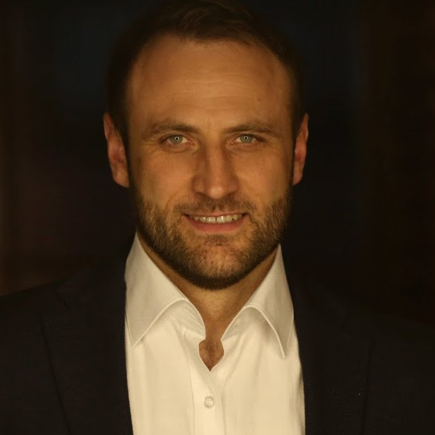 <span>Сергей</span><br> Гладыр